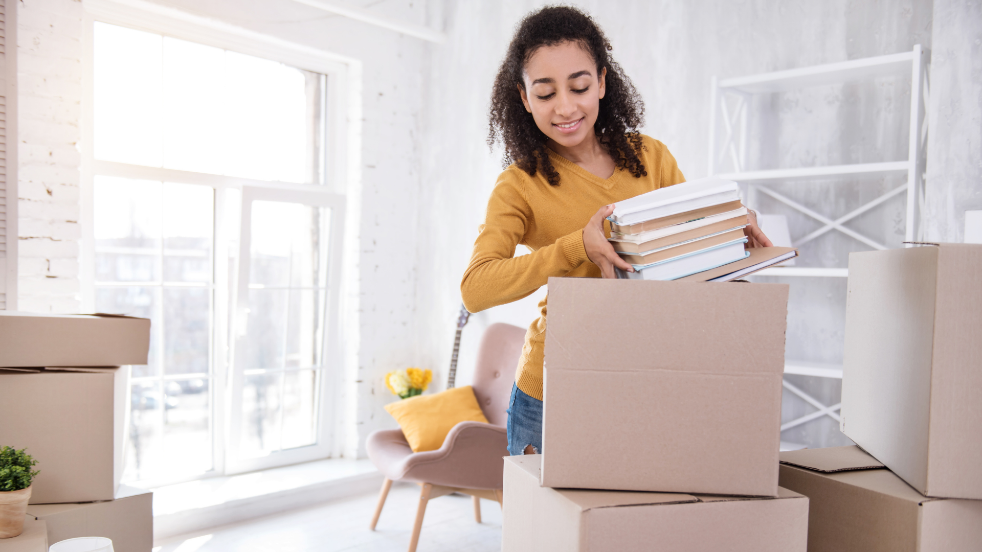 MOVING OUT? DON'T FORGET TO CHANGE YOUR ADDRESS